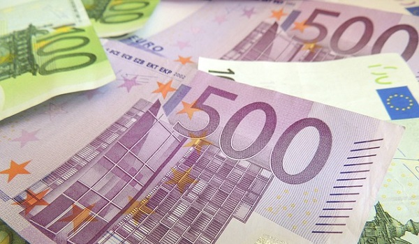Kann man mit binary options geld verdienen